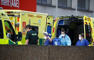 В Великобритании за сутки выявили около 36 тыс. случаев COVID-19