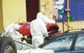 Фотофакт: «Скорые» забирают людей с подозрением на коронавирус в Барановичах и Могилеве