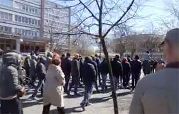 Видеофакт: жители Бреста скандируют «Лукашенко, уходи!»