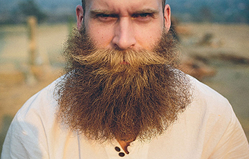 Ученые выяснили, почему у мужчин эволюционно появилась борода