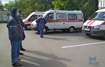 Paramedic From Salihorsk: They Take Away Bags With Dead Bodies Secretly
