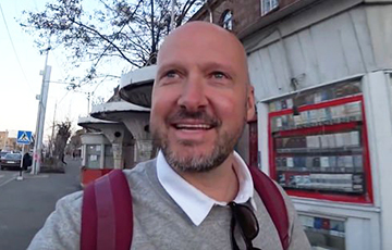 Британский блогер, который приезжал в Минск, заболел COVID-19