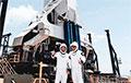 Корабль Илона Маска с астронавтами движется к орбитальной станции: прямая трансляция