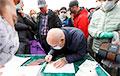 «Это самый потрясающий день в моей жизни»: жодинцы подписываются за Тихановских