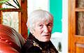 81-летняя белоруска растрогала людей на встрече с Тихановским в Гродно