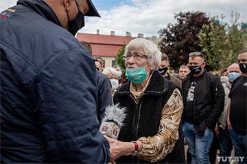 81-гадовая беларуска: Калі вызваляць Сяргея, абавязкова зноўку прыйду на сустрэчу