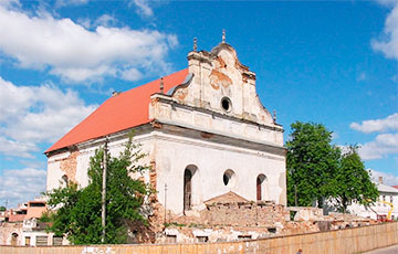 Слонимскую синагогу снова выставили на аукцион