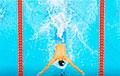 У Японіі зрабілі маскі для абароны ад каранавіруса ў басейне