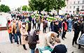 «Выборы» в Беларуси: незаконное задержание члена инициативной группы Светланы Тихановской (Видео)