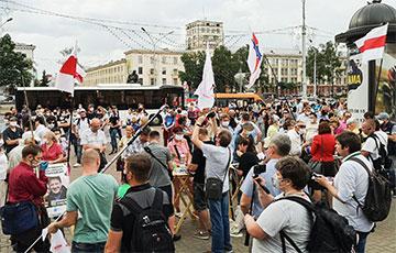 «Голодная милиция встанет против Лукашенко»