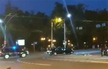 В Минске водители снова засигналили и освистали кортеж «Саши 3%»