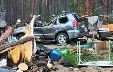 Ураган разбурыў намётавы лагер у Краснаярскім краі