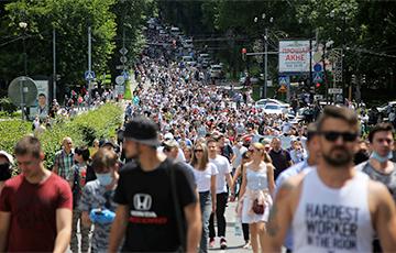 Хабаровск шестой день подряд выходит на массовые митинги против центральной власти