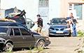 В Украине автоугонщик с гранатой взял в заложники полицейского