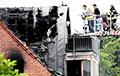 В Германии на жилой дом упал самолет