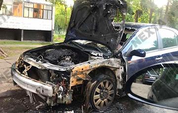 В Светлогорске сгорела машина главы местного избиркома?