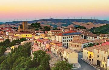 Испания пригласила иностранных туристов спасти деревни0