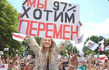 Seven Takeaways After Sviatlana Tsikhanouskaya's Journey Around Western Belarus