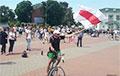 Відэафакт: Раварысты з нацыянальнымі сцягамі выехалі ў цэнтр Пружанаў