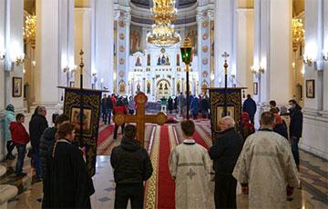 Православные священники запустили флешмоб против фальсификаций на выборах