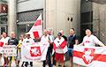 Белорусы в Нью-Йорке провели акцию протеста против фальсификации выборов