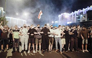 В Беларуси продолжаются массовые акции протеста (Онлайн)