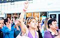 Минске поднялся ради достоинства и свободы: сильные кадры