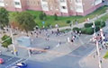 Минчане идут в центр по проспекту Рокоссовского