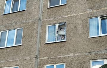 Граната трапіла ў акно жылога дома каля ўніверсама «Рыга»