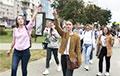 Цепь солидарности в Уручье превратилась в марш