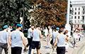 Десантники вышли на площадь Победы в Минске