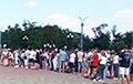 Протестующие в Гродно вызывают так называемого мэра города на ковер