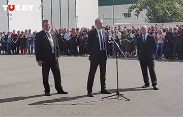 Director Of Minsk Wheeled Tractor Plant Recognize Lukashenka's Election Defeat