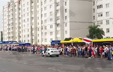 «Авиационный ремонтный завод» в Барановичах вышел на акцию Солидарности