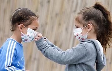 COVID-19: медики назвали способы укрепить легкие для облегчения дыхания в маске