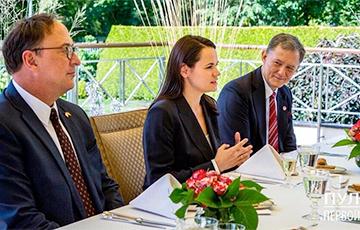 Светлана Тихановская встретилась с заместителем госсекретаря США Стивеном Биганом