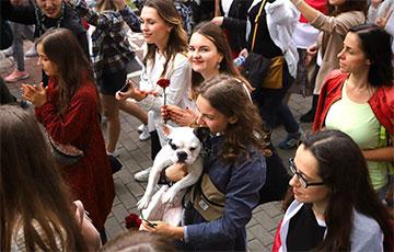 Грандиозный парад Женских миротворческих сил и другие протесты: как это было