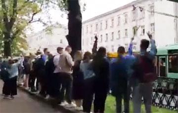 Студенты БГЭУ также присоединились к протесту