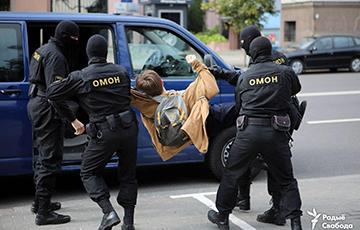 Подростка, который был в коме после протестов, решили допросить