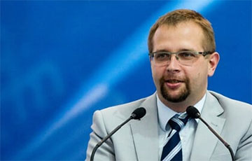 Анатолий Котов: Секторальных санкций еще нет, поставки уже приостанавливаются