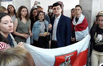 Студенты сносили режимы почти везде, где хотели