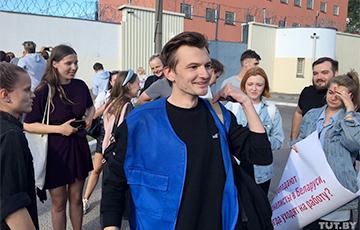 Журналистов, которые три дня провели на Окрестина, освободили