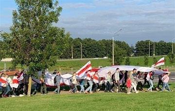 Минские Шабаны вышли на марш
