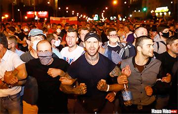 Дмитрий Бондаренко: Роль парней из рабочих кварталов в белорусской революции огромна