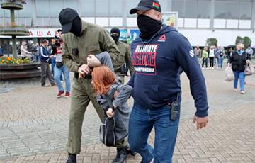 Что вытворяли каратели в масках возле Комаровки: видеофакт