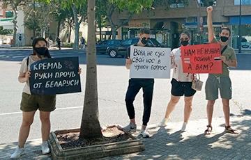 Руки прочь от Беларуси!