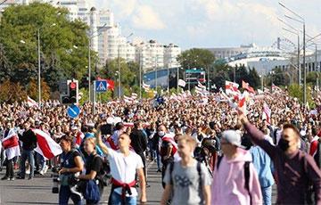 Марш Героев в Минске: яркие кадры