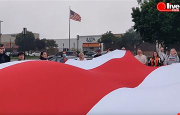 В Сан-Франциско прошел автомотопробег солидарности