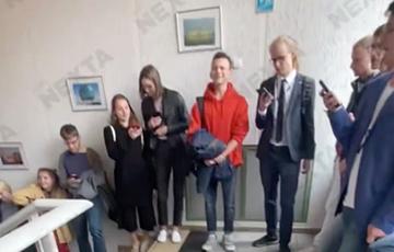 Студенты БГУ вышли на традиционную акцию солидарности