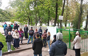 """People Came Out in Support of the Activist of the """"European Belarus"""" Whose Son Was Stolen by Lukashists"""